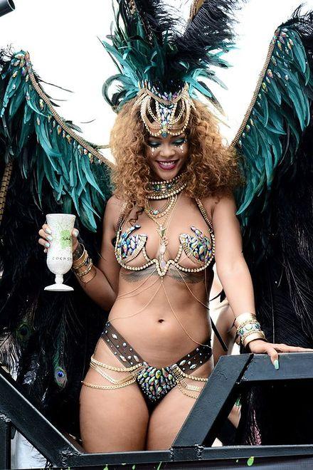 Rihanna - przybrała na wadze, ale nadal czuje się seksowna!