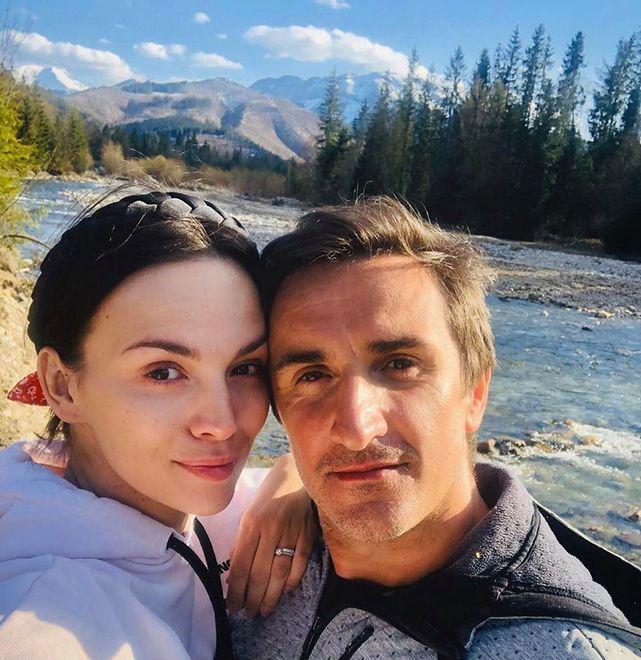 Paulina Krupińska i Sebastian Karpiel-Bułecka mieli zamieszkać w górach. Zmienili zdanie