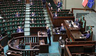 Sejm podczas posiedzenia nt. tarczy antykryzysowej.
