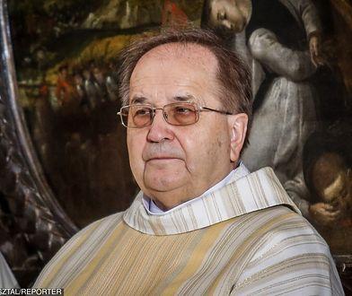 Sąd tłumaczy się z zaproszeń na szkolenie od uczelni ojca Tadeusza Rydzyka