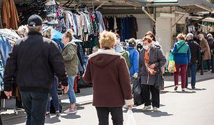 Promocje w sklepach. Polacy uważają, że na zakupach realnie oszczędzają 30-40 proc.