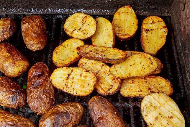 Grillowane ziemniaki to doskonały dodatek do mięsa