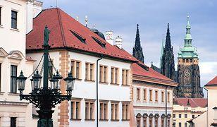 Dziennikarze wnieśli pistolet i noże do rezydencji prezydenta Czech