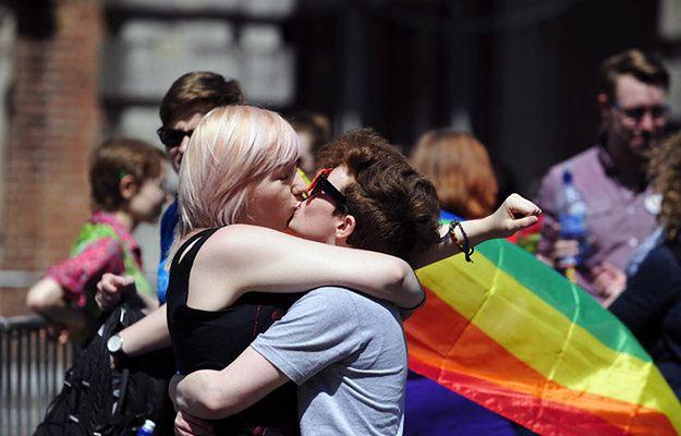 Zwolennicy ruchu LGBT na ulicach Dublina