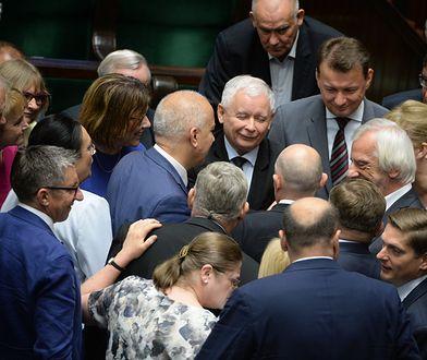 PiS szykuje zmiany. Opozycja gotowa do wystawienia wspólnych kandydatów.