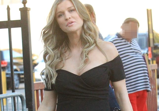 Joanna Krupa urodziła córeczkę. Jeszcze nie wraca do pracy