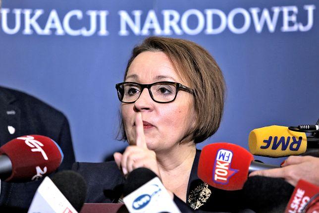 Szefowa MEN Anna Zalewska nie chce referendum w sprawie reformy edukacji