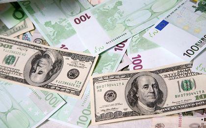 Dolar najmocniejszy od czterech lat