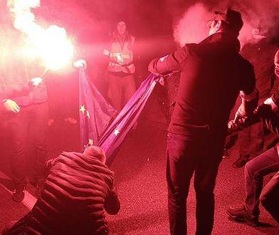 Polskie władze nie chcą chronić flagi UE. Negatywna opinia Bogdana Święczkowskiego
