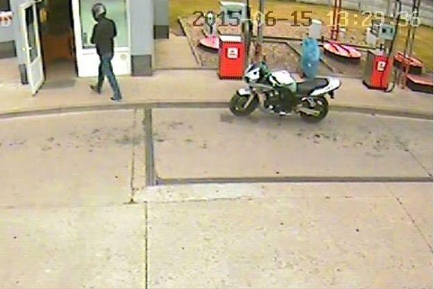 Policja poszukuje sprawcy napadu na stację benzynową na Dolnym Śląsku