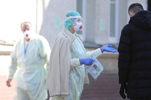 Koronawirus w Polsce i na świecie.  Włochy. Co 10. zakażony to pracownik służby zdrowia (relacja na żywo)