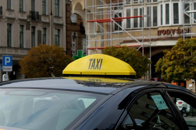 Warszawski taksówkarz kierował pod wpływem amfetaminy