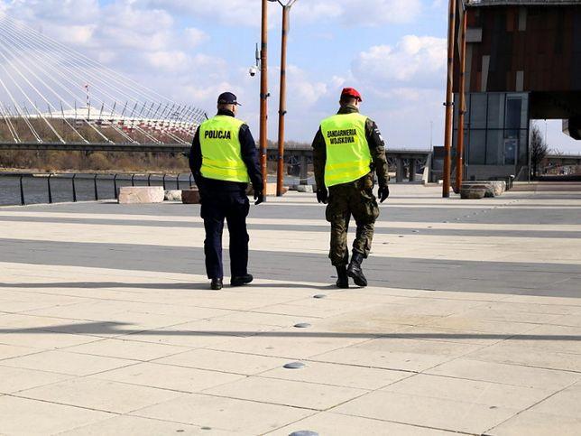 Koronawirus w Warszawie. Policja w święta wystawiła 162 mandaty