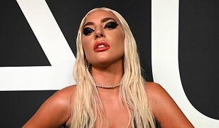 Lady Gaga w wannie wypełnionej lodem. To nie wszystko, co robi