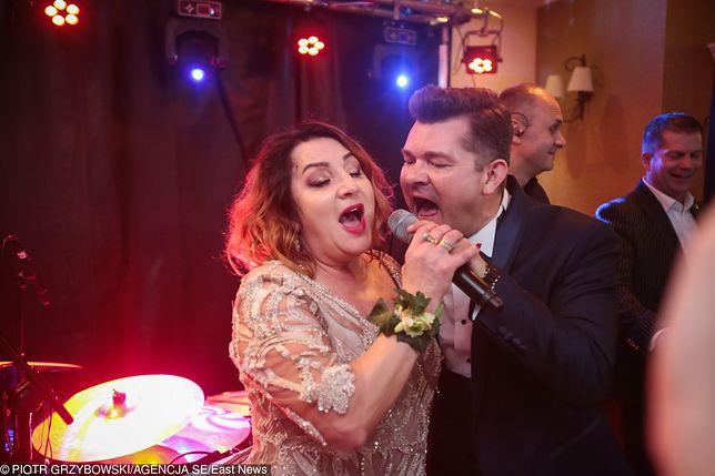 Zenek Martyniuk z żoną