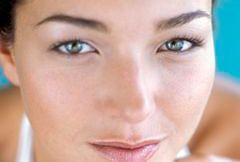 Jakie choroby można wyczytać z kobiecej twarzy?