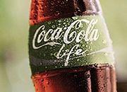 Już jest! Zielona Coca-Cola. Czym się różni od tradycyjnej?