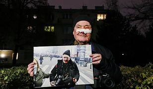 Marsz Niepodległości. Postrzelony fotoreporter żąda odszkodowania. Podał kwotę