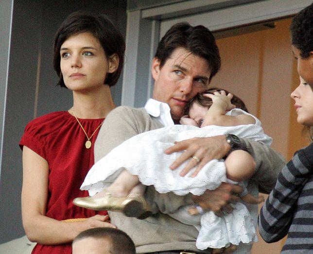 Katie Holmes, Tom Cruise i Suri, 2008 r.