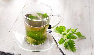 Chwast zamiast kosmetyków, czyli urodowe zastosowania herbaty z pokrzywy