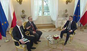 """Andrzej Duda odpowiada na pytanie związane z jego zagrywką z debaty prezydenckiej. """"Postawiłbym proporczyk"""""""
