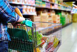 GUS: przeciętny Polak ma do wydania 1693 zł miesięcznie. 25 proc. przeznacza na żywność