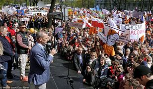 17. dzień strajku nauczycieli. Trwa kolejna manifestacja w Warszawie