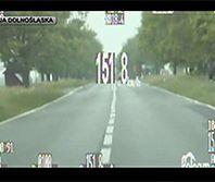 Jechał o 87 km/h za szybko. Stracił zagraniczne prawo jazdy