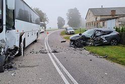 Wypadek autokaru przewożącego dzieci w Sławęcinie. Są ranni