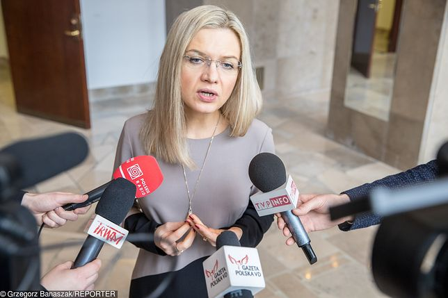Małgorzata Wassermann wygrywa w sondażu