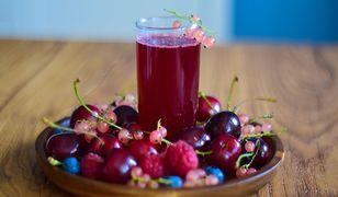 Kompot z letnich owoców. Naturalny i słodki