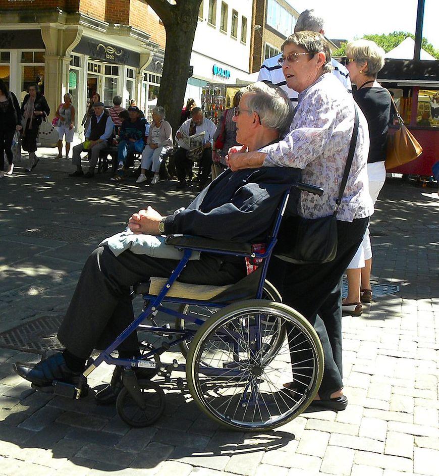 Choroba Alzheimera - wpływ na mózg