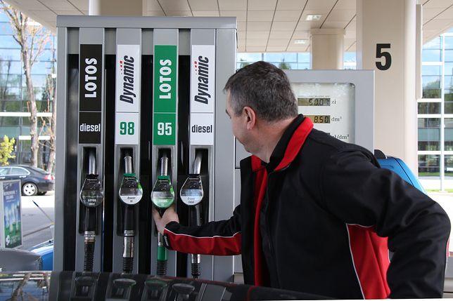 Nagłe zmiany cen paliw. Na stacjach może być drożej