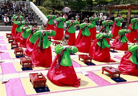 Wejście w dorosłość, jak to robią w Korei? - zdjęcia