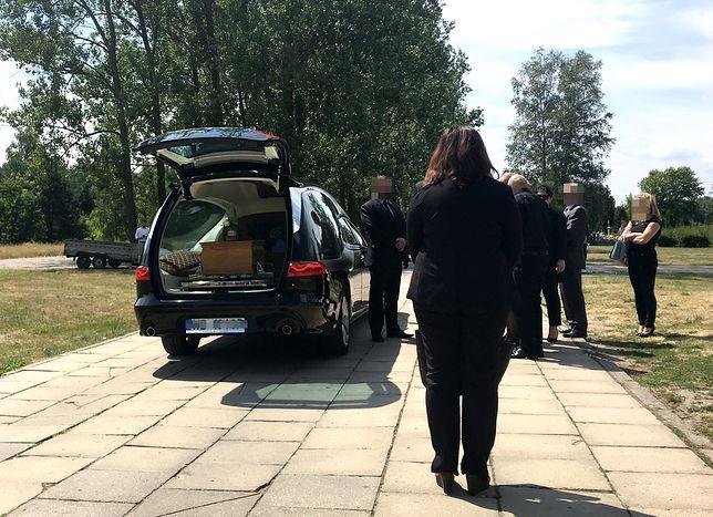 Pogrzeb Pawła Ż. Ojca poszukiwanego Dawida