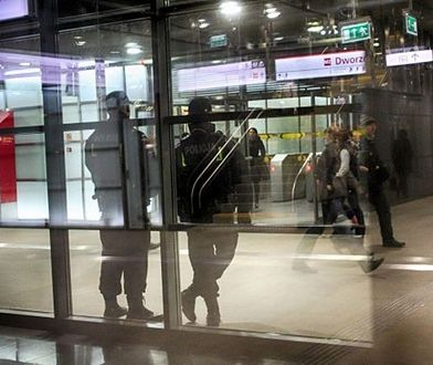 Ania nie jeździ metrem w godzinach szczytu. Gosia zrezygnowała z ŚDM. Warszawiacy boją się zamachu