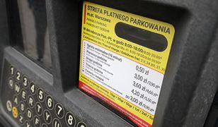 Warszawa. Płatne parkowanie. Nowy abonament SPPN uprawnia do parkowania na miejscach dla mieszkańców