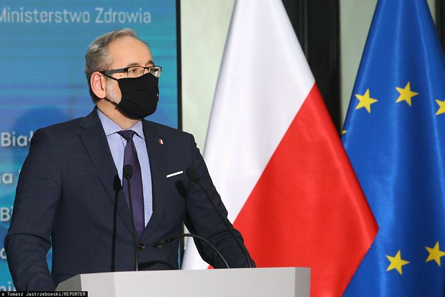 Konferencja ministra Adama Niedzielskiego. Nowe obostrzenia czy złagodzenie restrykcji? Co nas czeka od 1 lutego? [Na żywo]