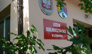 Skandal w LO w Czerwieńsku. Uczniowie chcieli zwrotu pieniędzy za strajk. Wulgarna odpowiedź wychowawczyni