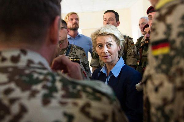Niemcy nie mogą wykonać zobowiązań wobec NATO? Bronisław Komorowski odpowiada
