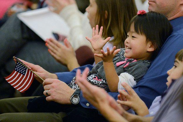 Gdy jeszcze południowokoreańskie prawo sprzyjało zagranicznym adopcjom, wiele dzieci trafiało do USA