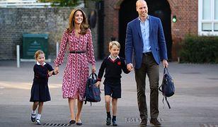 Charlotte, Kate, George i William. Do kompletu brakuje tylko małego Louisa