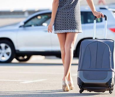 Nawet ciężka walizka nie sprawi problemów w podróży, jeśli będzie wyposażona w solidne kółka