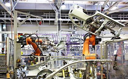 Produkcja przemysłowa na plus. Gospodarka przyspiesza
