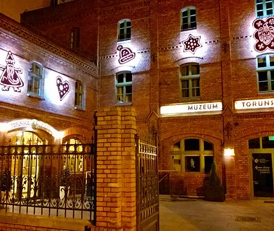 Zabytkowy budynek Muzeum Toruńskiego Piernika