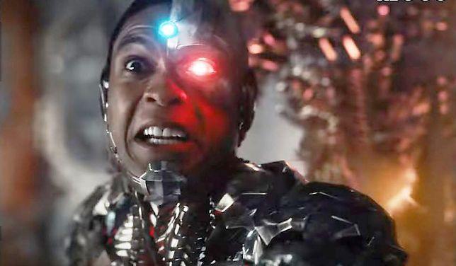 """Ray Fisher w roli Cyborga w """"Lidze Sprawiedliwości""""."""