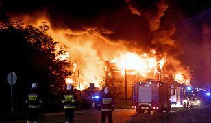 Pożar wysypiska odpadów w Zgierzu