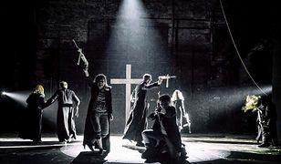 """Fragment spektaklu """"Klątwa"""" w Teatrze Powszechnym w Warszawie"""