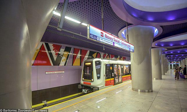 Warszawa. Nowe stacje II linii metra są już gotowe, w niedzielę pierwsze kursy z pasażerami