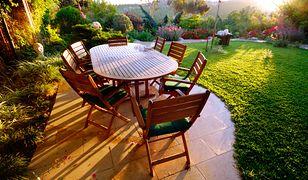 Zestaw trwałych mebli będzie prawdziwą ozdobą ogrodu